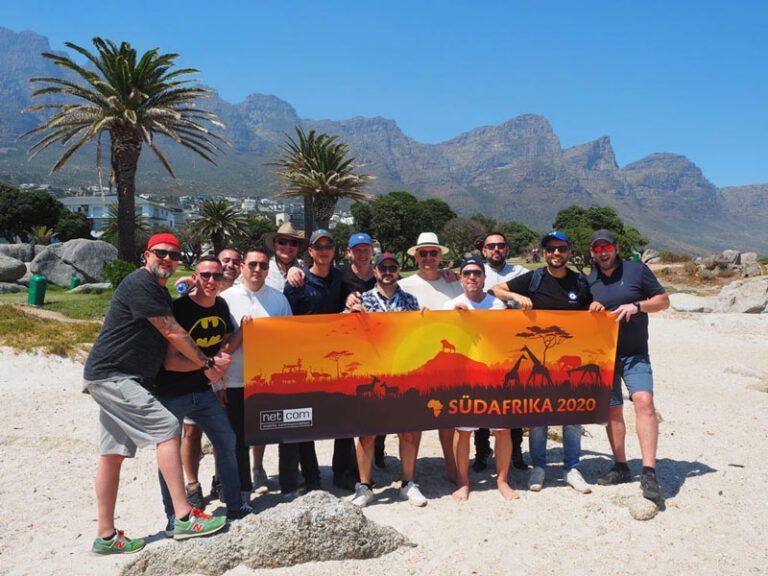 Gruppenbild des netcom Events in Südafrika mit allen Gewinnern
