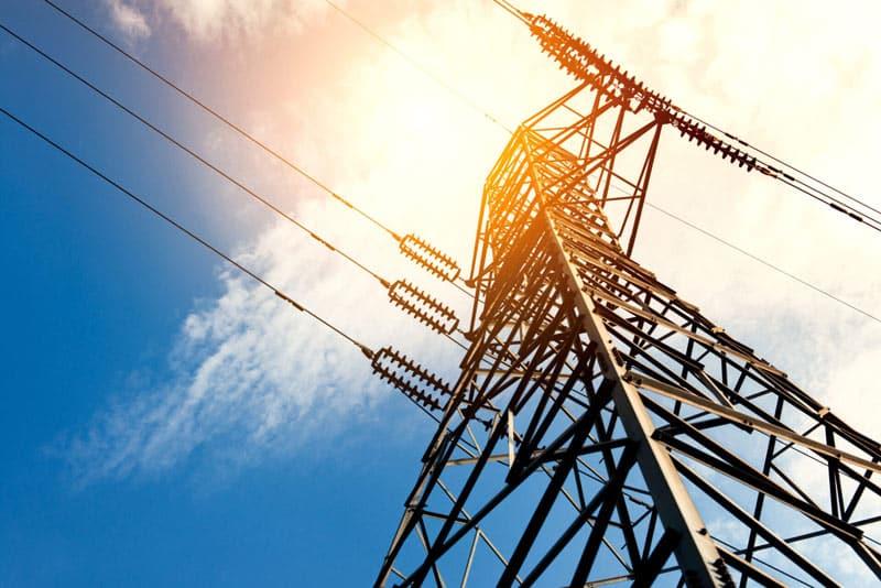 netcom Energie Stromleitung Turm